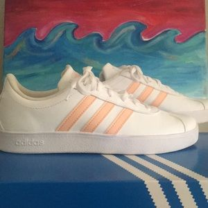 💞ADIDAS NEW WITH BOX👌🏻